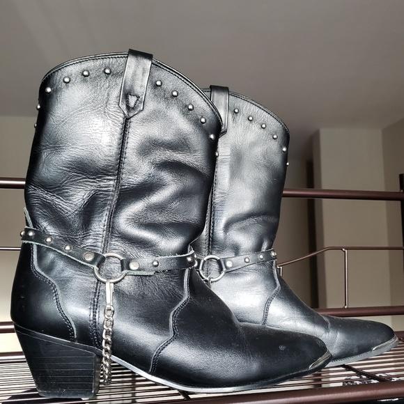 OAK TREE FARMS Shoes - Harness boots!